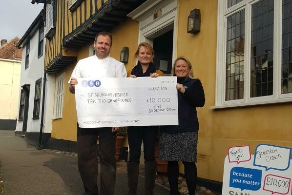 Bury comes to Bildeston – Six chefs cook to raise £10,000 for local Hospice.